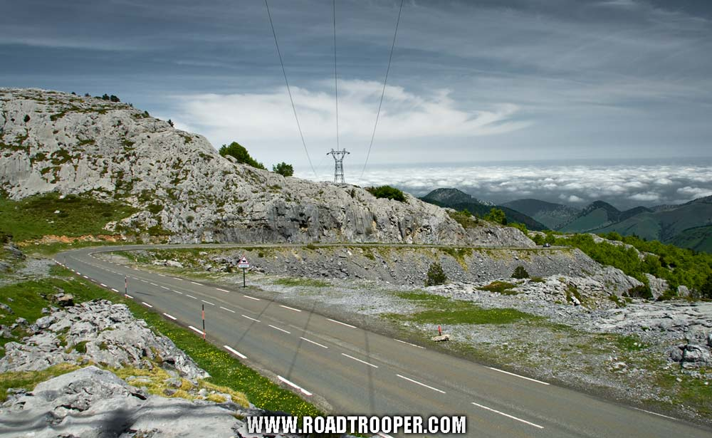the pyrenees 2012 day 3 gps republic routes for bikers. Black Bedroom Furniture Sets. Home Design Ideas